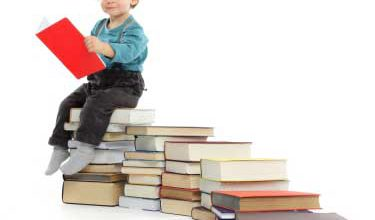 iS-baby-books-reading-